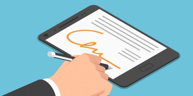 sa 1588111093 bigstock 221714695 - electronic signature in Contract Law