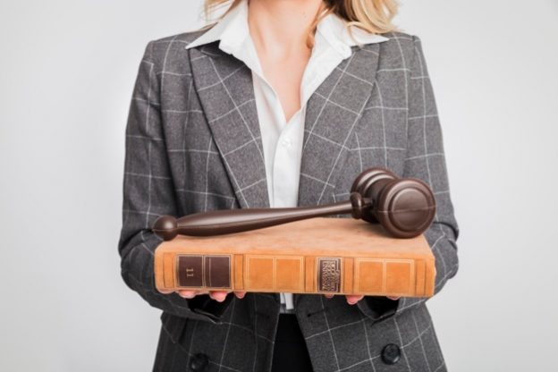 sa 1588973864 portrait lawyer woman 23 2148138131 - female lawyer in Human Rights